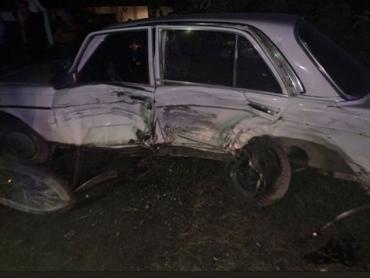 Авария в Закарпатье: Ночью в селе Приборжавское 2 автомобиля разбились вдребезги