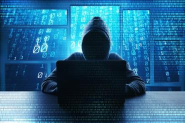 В Закарпатье хакер взламывал аккаунты пользователей соцсетей: Воровал данные и деньги