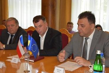 В Ужгороде с сенаторами Чехии обсуждалась возможность запуска авиарейса Ужгород-Карловы Вары