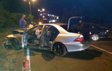 Авария в Закарпатье: Поздно вечером столкнулись две легковушки