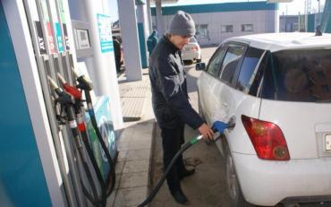 Бензин рекордно подорожал на украинских заправках