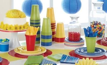 В Словакии запретят одноразовую пластиковую посуду, соломинки, ватные палочки