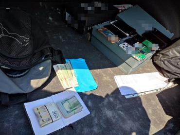 В Польше обнаглевшие украинцы обворовывали один и тот же банкомат