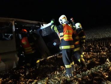 В результате ДТП у села Несовице в Чехии 10 человек, ехавших на заработки, получили травмы
