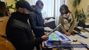 В Закарпатье погорела на взятке чиновница райгосадминистрации