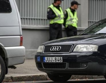 Нацполиция может штрафовать владельцев евроблях: Глава таможни Нефьодов назвал причину