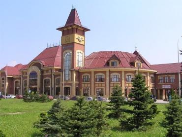 В Закарпатье «Укрзалізниця» приостановила продажу билетов со станций в «красной зоне» - список