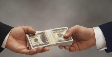 """Схема на мільйони: В Закарпатті шахрай """"нагрів руки"""" на фіктивному продажі бізнесу"""