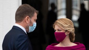 Страсти вокруг российской вакцины: В Словакии президент и премьер разругались из-за «Спутника V»