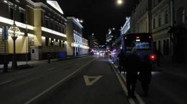 В центре Москвы у здания ФСБ на Лубянке неизвестные открыли стрельбу: Есть жертвы