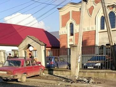 В Закарпатье пьяный на «Жигулях» срезал электрический столб