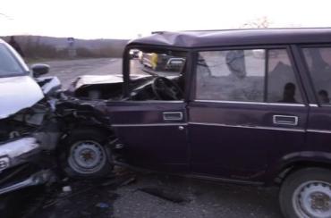 В Закарпатье водитель мчался со скоростью света и устроил ДТП