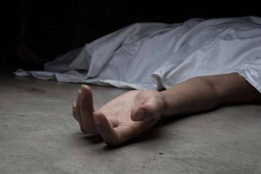 Предлагал повеситься: В Закарпатье отчим довел собственную падчерицу до самоубийства