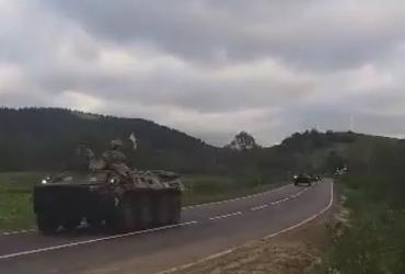 С Львовской области в Закарпатье едет колонна военной техники