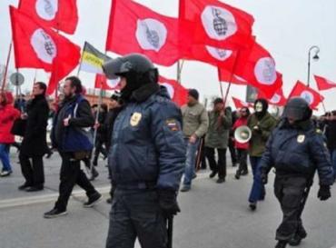 Поділити Україну між РФ, Польщею, Румунією та Угорщиною вимагали у Варшаві