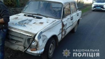 Поліція Закарпаття затримала винуватця ДТП за кілометр від місця аварії