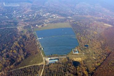 Біля Ужгорода будують найбільшу в Західній Україні сонячну електростанцію