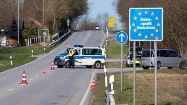 Заробітчан-українців продовжують насильно депортувати із Німеччини!