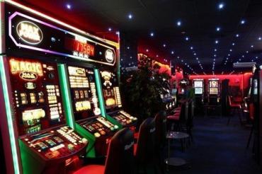 Нелегальные казино уберут с улиц: Законопроект о легализации игорного бизнеса могут принять завтра