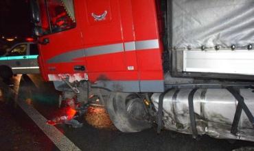 Житель Закарпаття на вантажівці потрапив у ДТП в Словаччині