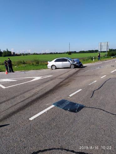 """На трассе """"Киев-Чоп"""" произошла авария с летальным исходом"""