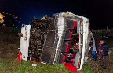 В Угорщині в український автобус врізався румунський каміон — є жертви