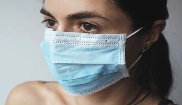 Штрафуют на месте: На Закарпатье в публичные места без масок теперь нельзя