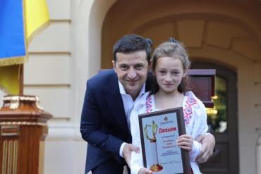 Президент Украины удостоил ребёнка из Закарпатья званием Героя-спасателя