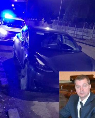 По Ужгороду на Tesla рассекал пьяный топ-чиновник: Таможня проводит ведомственную проверку