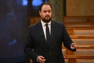 І знову скандал: Україна продовжує наполегливо наступати на угорські граблі