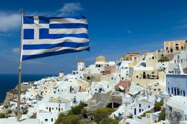 В Греции туристов освободили от обязательной самоизоляции