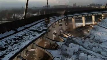 Трагедию сняли на видео: В России во время демонтажа СКК Петербургский погиб рабочий