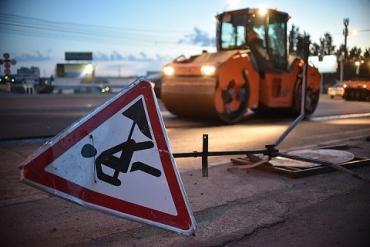 Разбойники с большой дороги: В Закарпатье неизвестные на 3 авто применили оружие, после чего скрылись