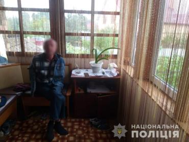 На Закарпатье 29-летний парень попал в больницу с ножевым ранением: Нападавшим оказался вовсе не незнакомец