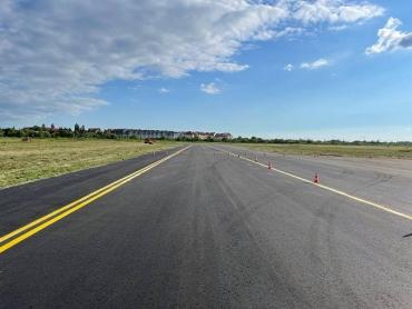 """Международный аэропорт """"Ужгород"""" в Закарпатье восстановлен и готовится принимать самолеты"""