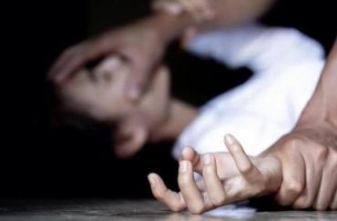 Задіяні наркотики: Жахливе зґвалтування дівчинки на Закарпатті