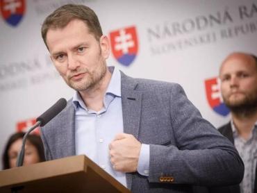 """""""Я не убийца, чтобы отправлять Sputnik V обратно в Россию"""", - Матович"""