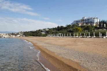 Гражданский муж Лободы отметил день рождения на Кипре, в компании украинских политиков
