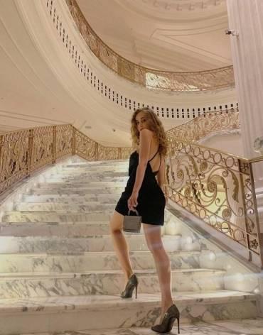 Что известно о модели из Закарпатья, которая позировала с голой попой на фотосессии в Дубае