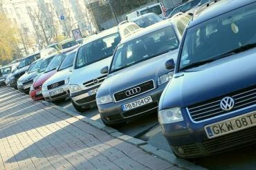 Подари авто государству или растаможка за бешеные деньги: Что происходит с евробляхами