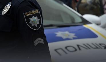 """Юный """"Робин Гуд"""" в Ужгороде нападал на людей с осколком стекла в руке!"""
