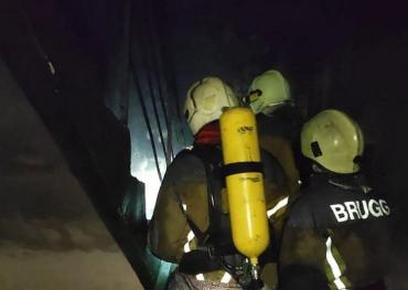 В Ужгороді пожежники гасили вогонь у житловій 5-поверхівці!