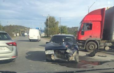 """Страшное ДТП в Мукачево: """"поцелуй"""" двух автомобилей был страшным и ужасным"""