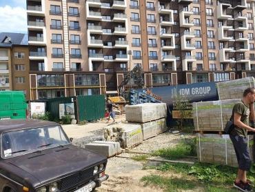 Андріїв и новостройки в Ужгороде: Кому идут деньги за преступные разрешения на строительство в Боздоше?