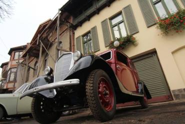 Малая выставка раритетных авто открылась сегодня в Ужгороде