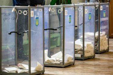 60 ТВК в Закарпатье отчитались о явке на участке почти 42 процентов избирателей