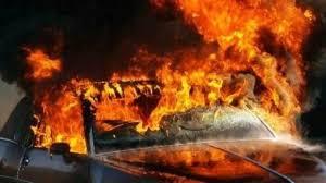 """Большая беда в Мукачево: ночью """"неплохо"""" горели три недешевых автомобиля!"""