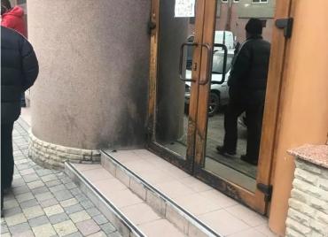 У судовій залі з'явиться винуватець підпалу розважального закладу у Мукачево
