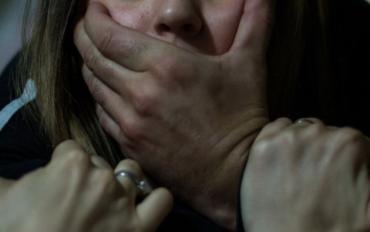 """Заробітчанину із Закарпаття вручили підозру у згвалтуванні """"зрілої"""" малявки!"""