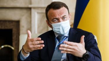 Алексея Петрова нужно еще хотя бы на год оставить в должности председателя Закарпатской ОГА